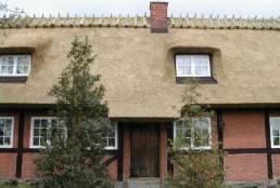 Flot  nordsjællandsk stråtags hus