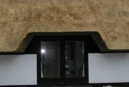 Garage med stråtag
